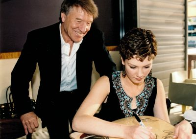 Don and Delta signing